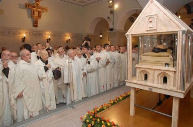 Thánh Piô 5 dấu tại Ý nguyên vẹn xác - Ảnh minh hoạ 2