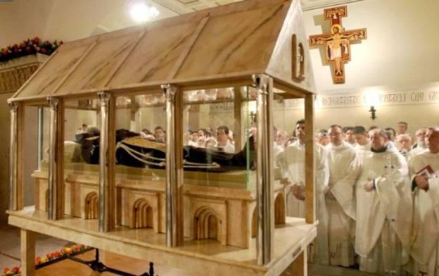 Thánh Piô 5 dấu tại Ý nguyên vẹn xác - Ảnh minh hoạ 3