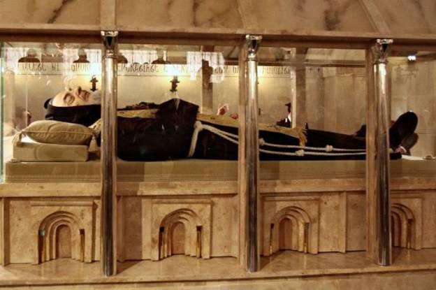 Thánh Piô 5 dấu tại Ý nguyên vẹn xác - Ảnh minh hoạ 7